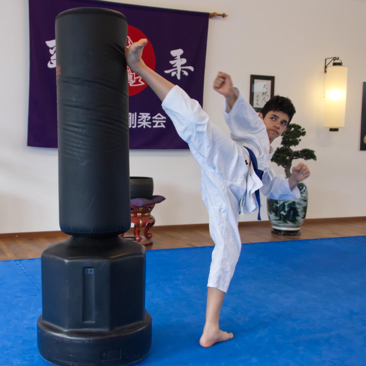 Karate Jugendliche